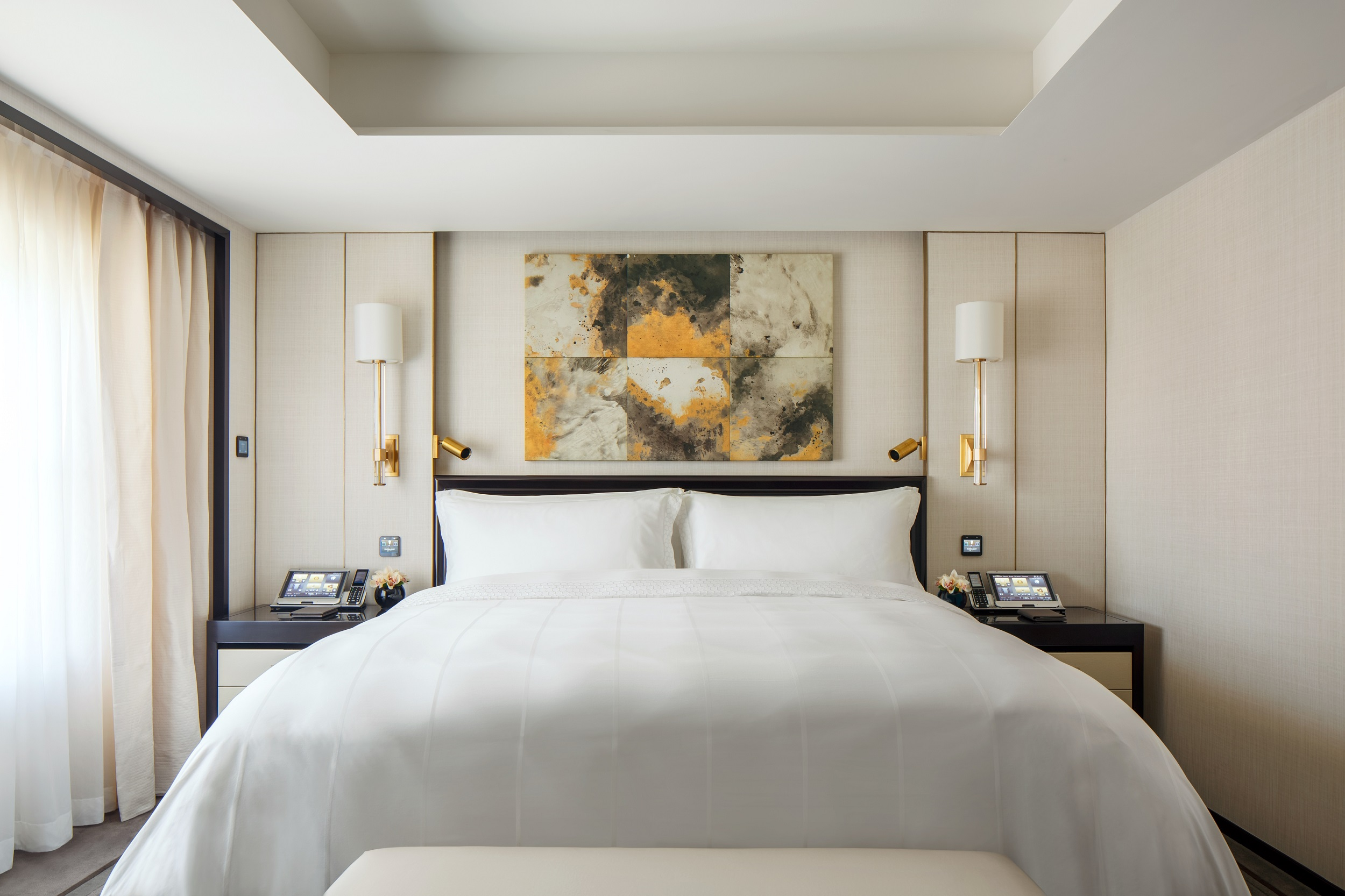 ​The Peninsula Beijing (Beijing Suite Master Bedroom)